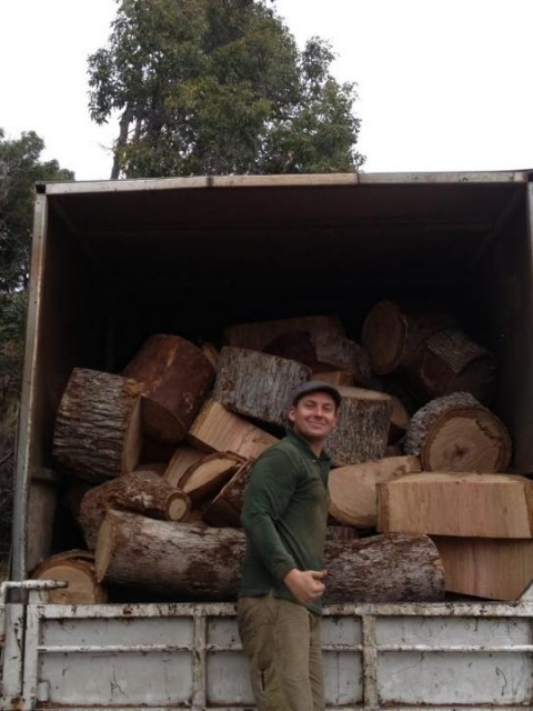 Land Clearing in Perth - loading logs